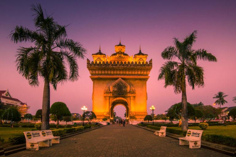 patuxai laos Vientiane